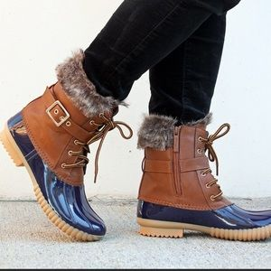 Duck-01 Faux Shearling Lace Up Women's Duck Boots